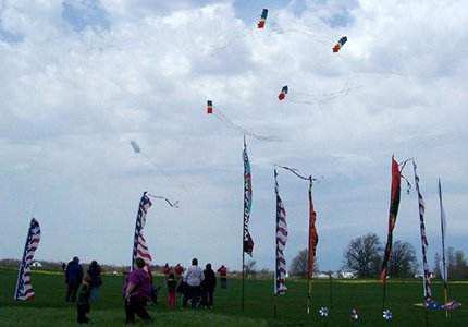 Windjammers kite team in Shipshewana